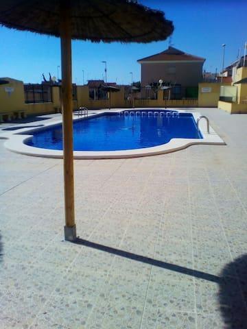 Casa dos habitaciones Los Narejos - Los Alcázares - House