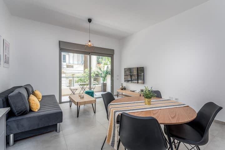 Shenkin area - Design & sunny 1BR apartment