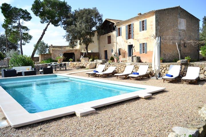 Casa rural Mallorquina piscina/wifi - Manacor - House