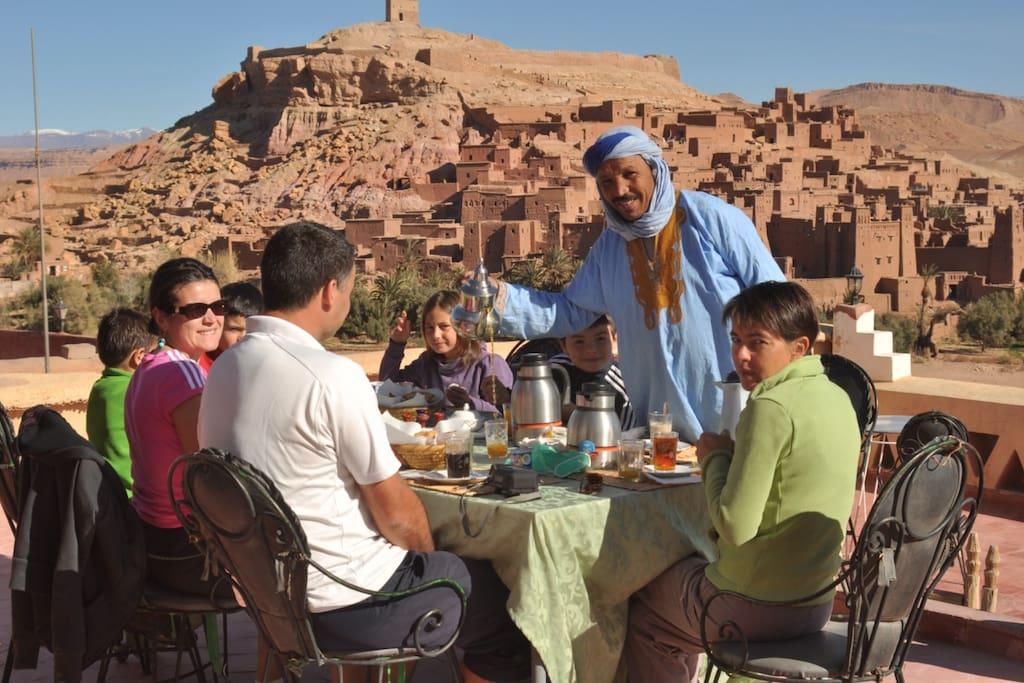La fibule dor ait ben haddou ouarzazate maroc chambres for Chambre 13 maroc