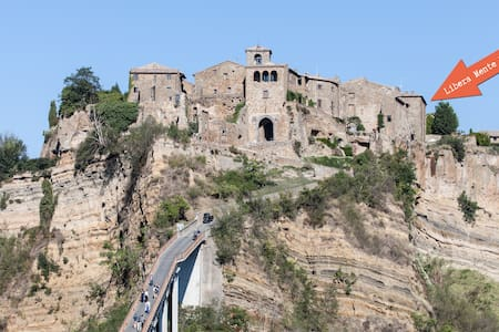 A most spectacular view in Civita  - Bagnoregio - Bed & Breakfast