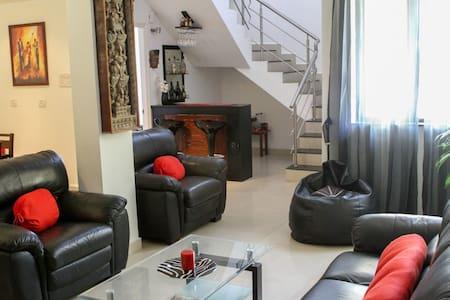 The Penthouse, Benaulim Goa,India - Benaulim - Apartment