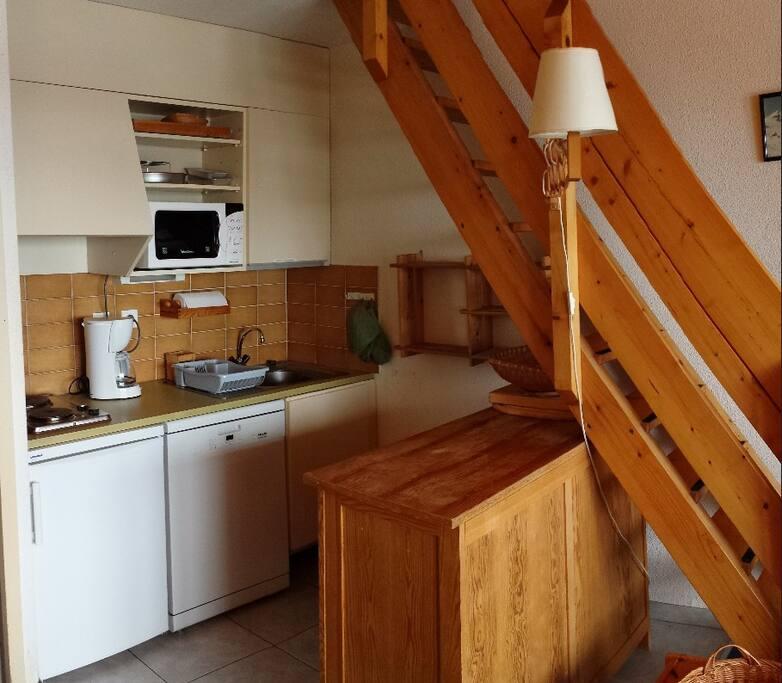 Kitchen(ette)