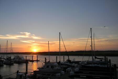 Amazing sunsets - Great getaway! - Johns Island