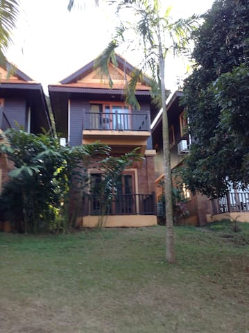 One bed townhouse in an organic spa - Chiang Mai - Hus