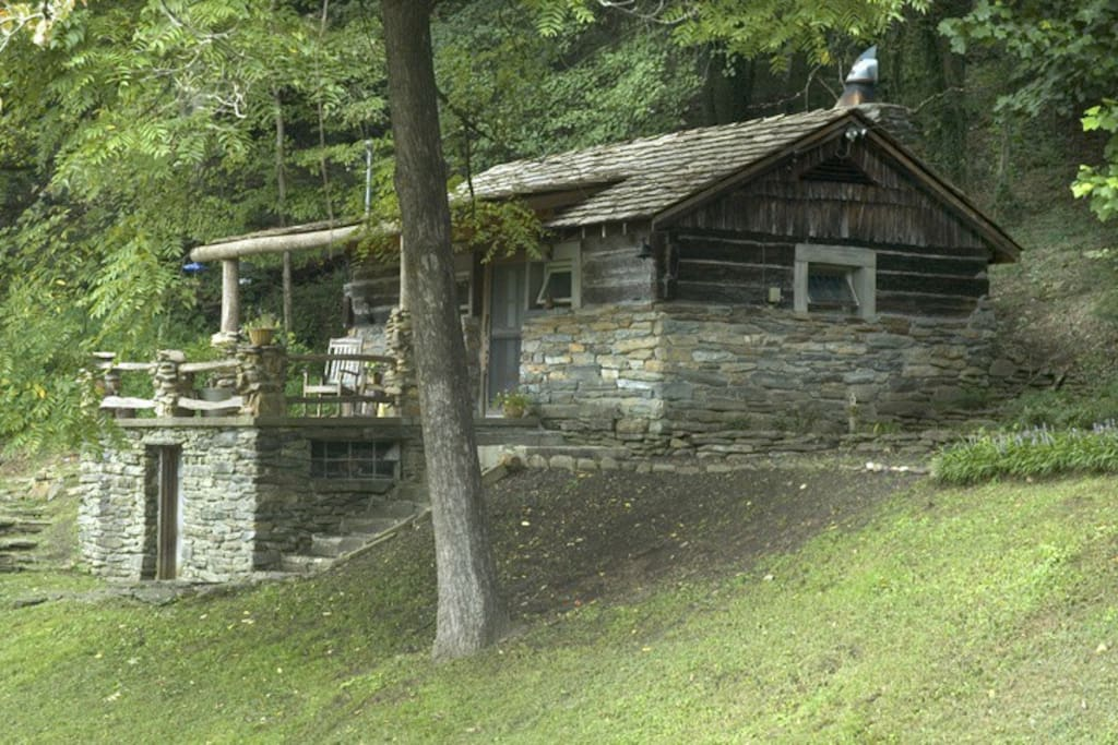 West Oak Log Cabin Small Authentic Houses For Rent In