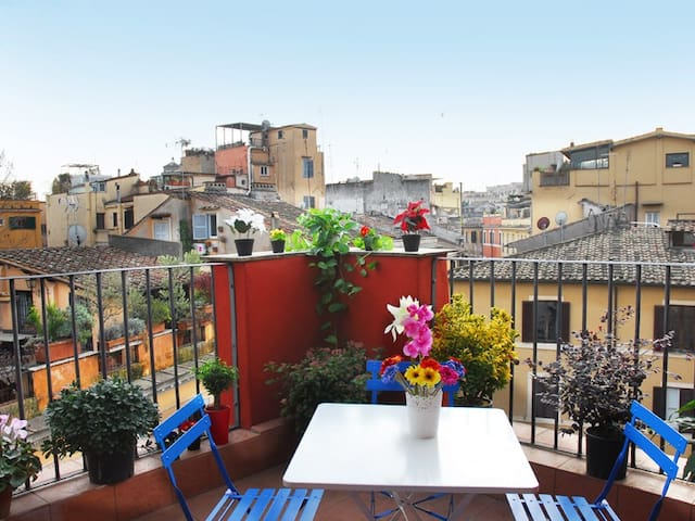 Wonderful Penthouse Rome center
