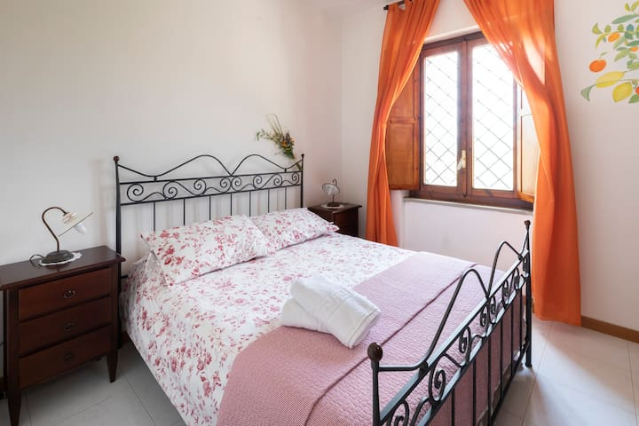 L'ALBERO - Miniappartamento per 3