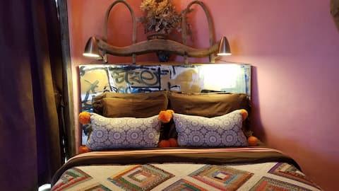 Mad Hatter Casita private unique,views and Hot Tub