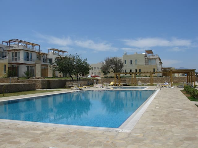 Turtle Bay, Kyrenia, North Cyprus - Esentepe, Girne Mesin 10 - Apartment