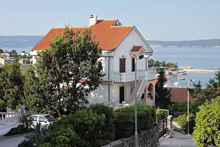 Two bedroom apartment with terrace Selce, Crikvenica (A-5518-b) - Selce - Lägenhet