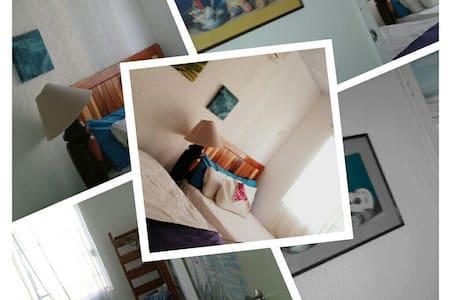 nice room in a beutiful home Cancun