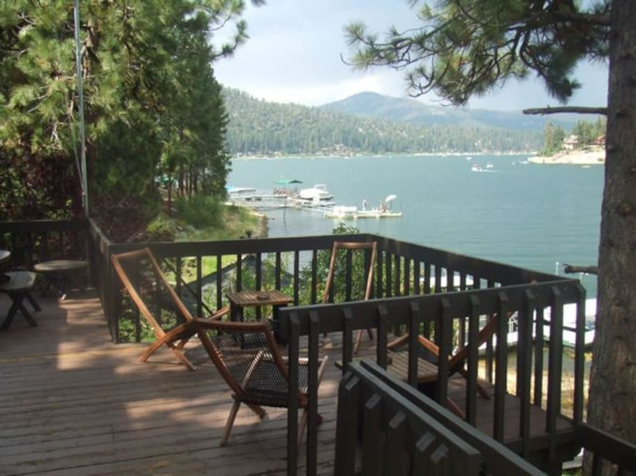 Lakefront angler 39 s paradise houses for rent in big bear for Big bear lakefront cabin rentals