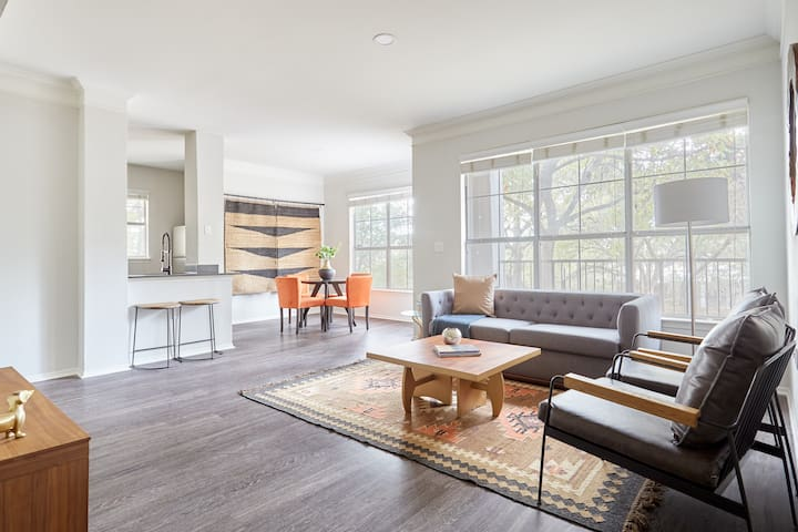 Sonder | South Congress | Ideal 3BR + Balcony