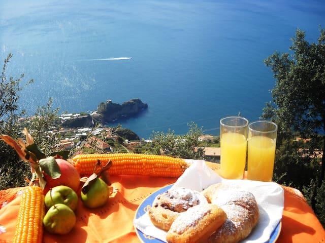 COZYprivateROOMS-B&BMiraMare-AGEROLA-Amalfi Coast