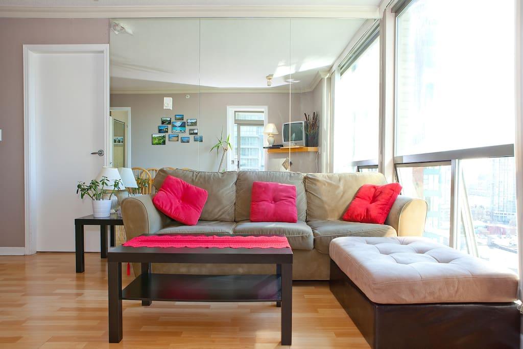 Living room - Le Salon