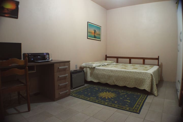 Room Double Bed Private (Ensuite) - Canoas - 一軒家