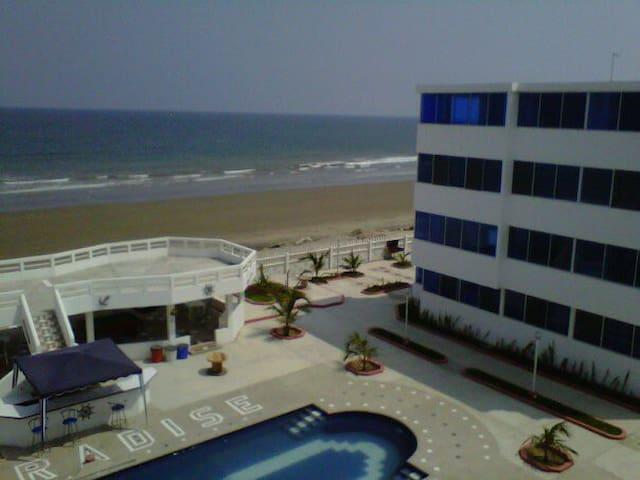 Crucita Paradise Beach Front Condo - Crucita