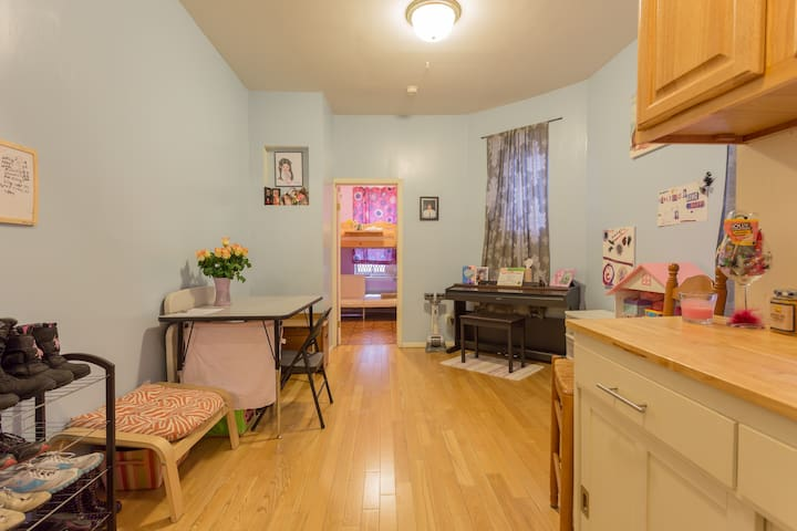 Amazing UWS /Central Park West Location