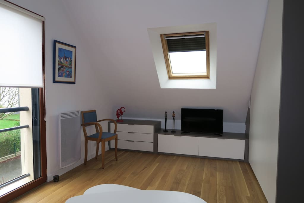 studio meubl apartments for rent in saint erblon bretagne france. Black Bedroom Furniture Sets. Home Design Ideas