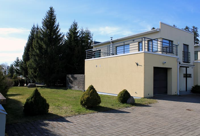 Villa near to the beach - Tallinn - House