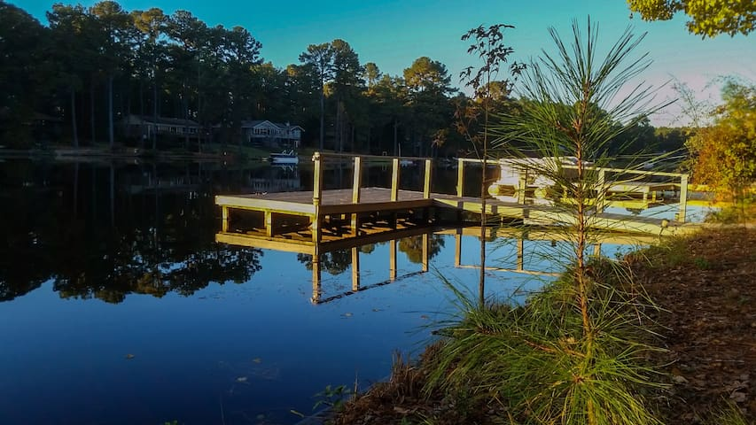 Spring Lake Vacation Retreat