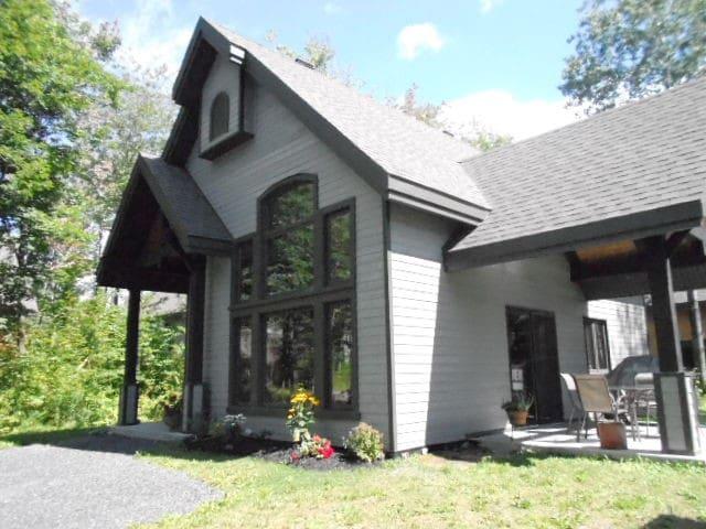 Charming Cottage 34 Boisé du Vigneron 20min Québec - Scott - Дом