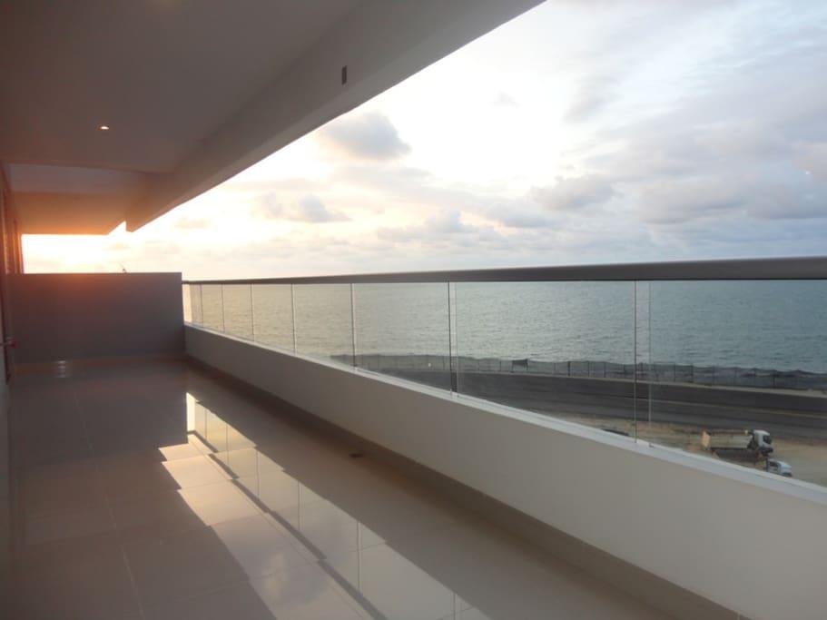 Gran balcon Con Vista al Mar