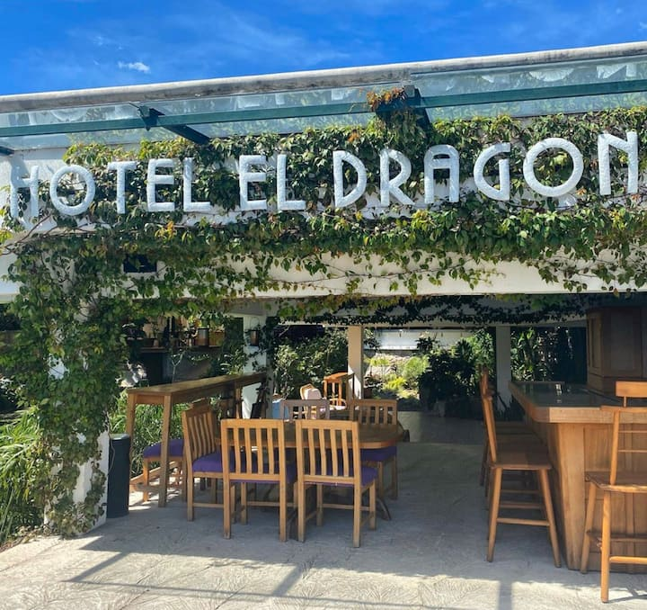 El Dragon Hotel - On the shore of Lake Atitlan (3)