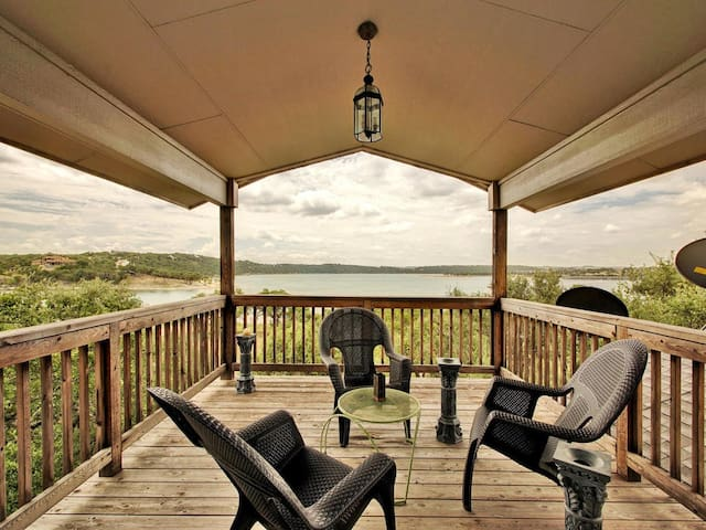 3br/2.5ba House on Lake Travis with Large Decks - Leander - House