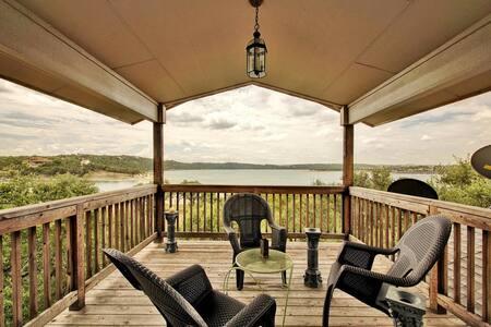 3br/2.5ba House on Lake Travis with Large Decks - Leander