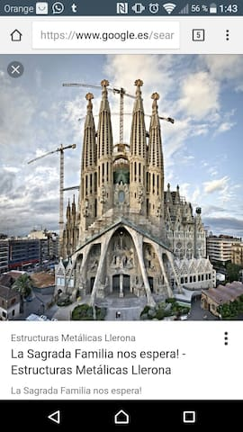 Single room next to Sagrada Familia. Gay-Friendly