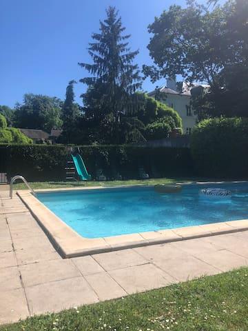 Maison campagne :  tennis + piscine - 30 min Paris
