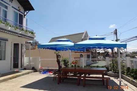Cozy house in central of Dalat city - Đà Lạt