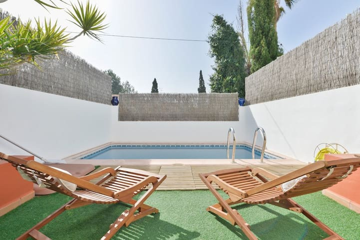 House with private pool  NR (Phone number hidden by Airbnb)