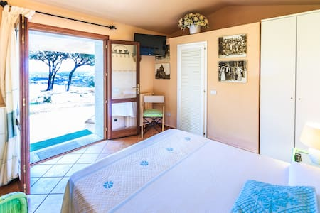 Indipendent rooms in luxury villa - Palau