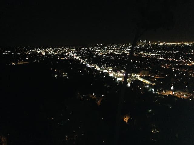Hollywood Hills Fantastic Views