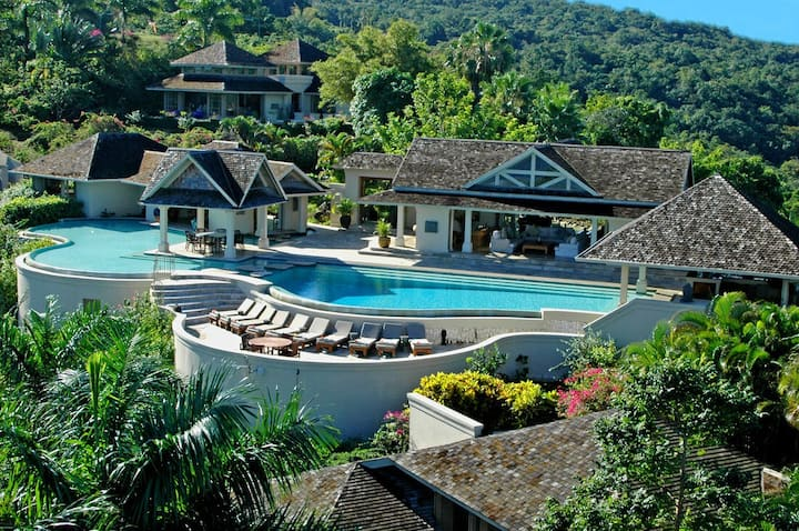 JAMAICA'S SPECTACULAR! STAFFED! INFINITY! EXECUTIVE! FAMILY! Silent Waters - 6BR