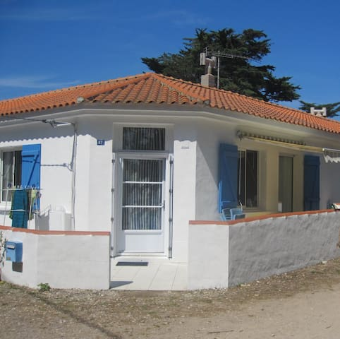 Noirmoutier house 50m from beach