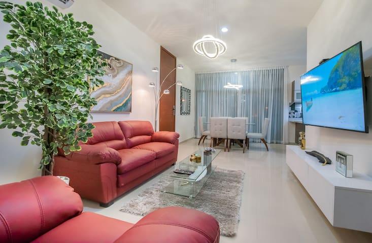 The Grand Palace Apartment at Zona Dorada Beach⭐ ¡