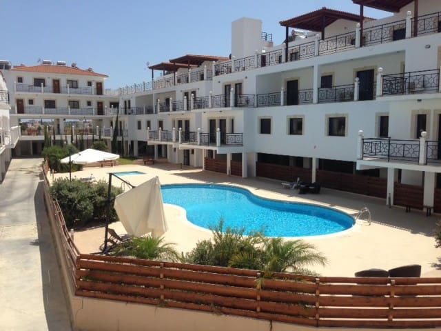 2 Double Bed Apartment W/Pool - Tersefanou - Appartement