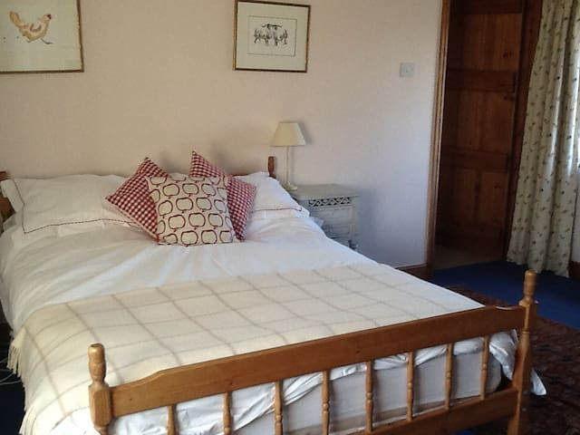 Cotswold Farmhouse B & B - Chastleton - Huis