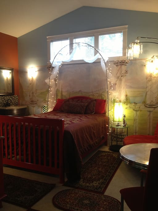 RED ROOM OR ROOM # 9, WITH QUEEN SIZE BED, FOR COUPLES OR HONEY MOON ROOM.