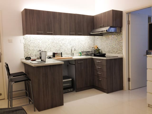 Light and Modern flat in Happy Valley - Hong Kong - Apartamento