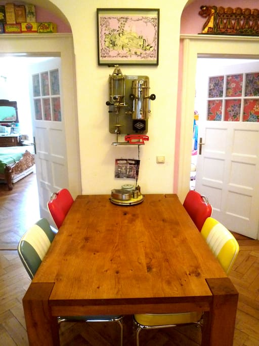 Dining table and rare design highlights.