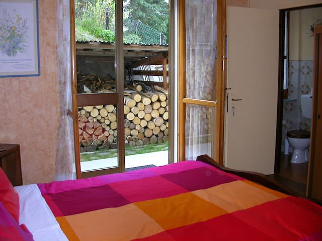 L'Aquila Peak Room - Bella Baita  - Pinasca - Bed & Breakfast