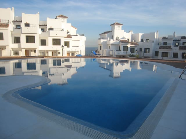 Stunning apartment in Alcaidesa 128 m2: Golf&Sun - La Alcaidesa - Appartement