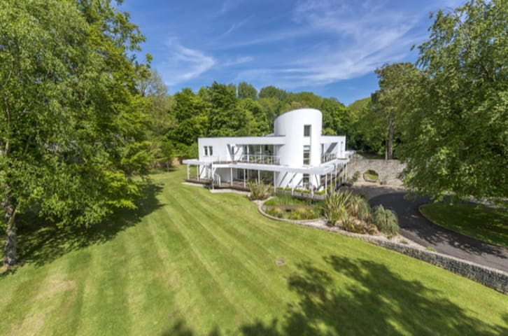 Dorset Stunningly designed award winning home.