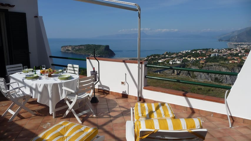 upscale and private with great view - San Nicola Arcella - Appartement