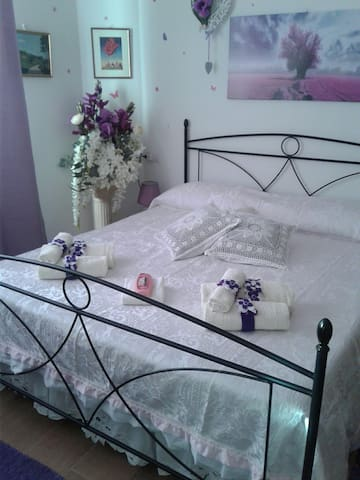 B&B Ba.Lu'. Camera Matrimoniale - Guspini - Bed & Breakfast